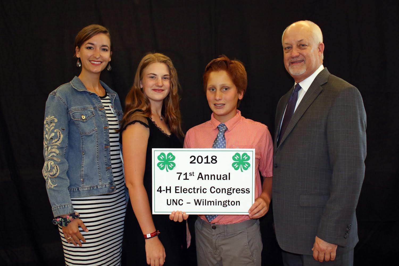 Image of Paige Fuselier, Madison Sawyer, Benjamin Hanusik, 12, and Wayne Huddleston