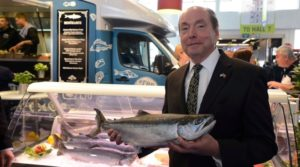 Cover photo for Seafood Expo Hooks Record Catch for U.S. Exporters